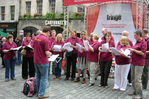 Singing on the Royal Mile